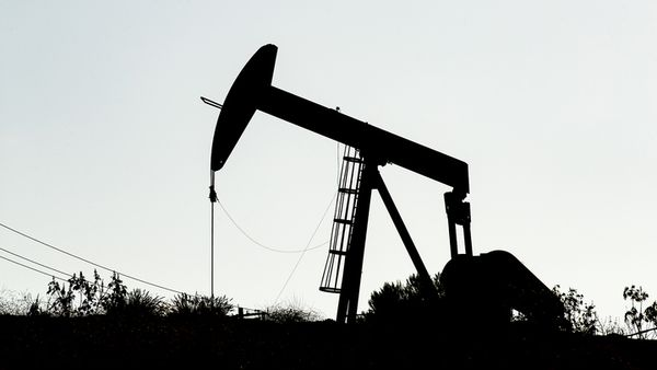 Цены на нефть тестируют отметку 63$
