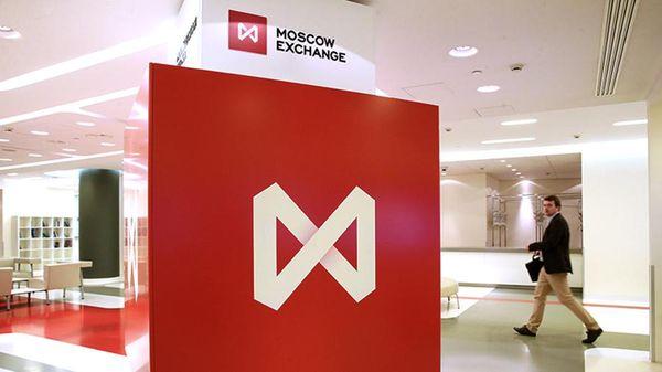 Российский фондовый рынок: Причины стремительного роста в в пятницу на поверхности