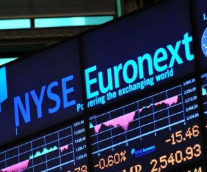 Мировые фондовые рынки насторожились в годовщину коронавирусного «дна»