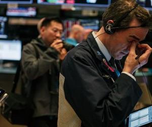 Фондовый рынок США: Инвесторы бегут от рисков