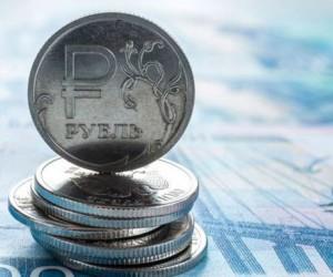 Рубль перенес сильнейшее падение с октября 2020 года приближаясь к отметке 80 за доллар
