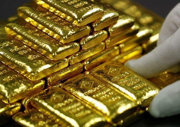 Курс золота к лету может вырасти. Причин для активных распродаж на рынке нет