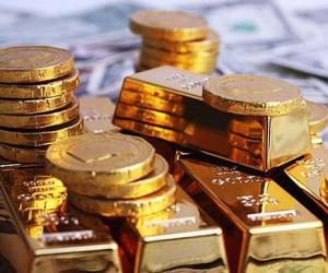 Курс золота укрепился до  $1750 пользуясь слабостью