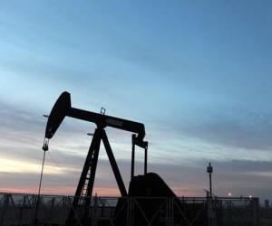 Курс нефти разгоняют с целью $70 за баррель