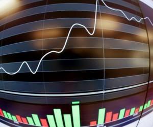 Российский фондовый рынок  растет несмотря на