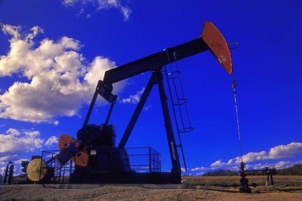 Нефть ускорила рост обновив максимумы марта $69.75 за баррель