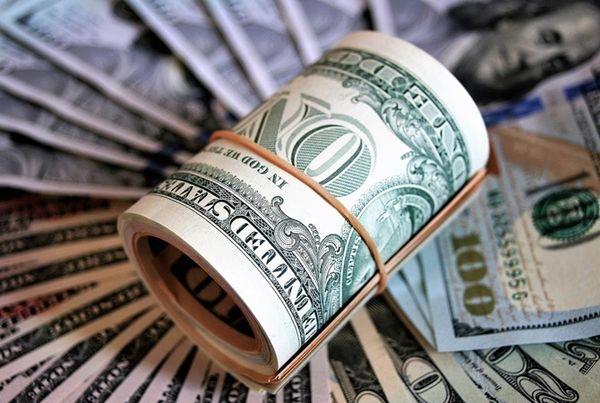 Доллар не спешит сдавать ключевые уровни