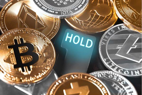 Криптовалюты: Инвесторы заняли выжидательную позицию