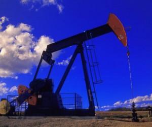 Нефть ускорила рост обновив максимумы марта $69.75 за