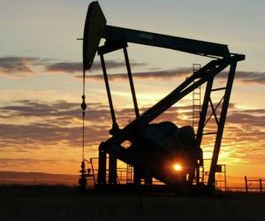 Курс нефти стабилизируется после коррекции вблизи $70
