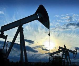 Нефть подешевела в начале недели