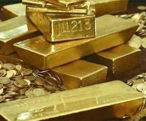 Золото дорожает третий день отмечая трехмесячные