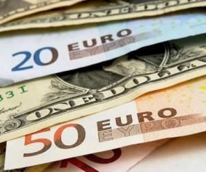 Евро растет доллар падет, что происходит на валютном рынке