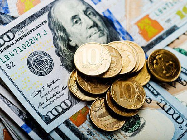 Рубль вернулся к отметке 73 за один доллар