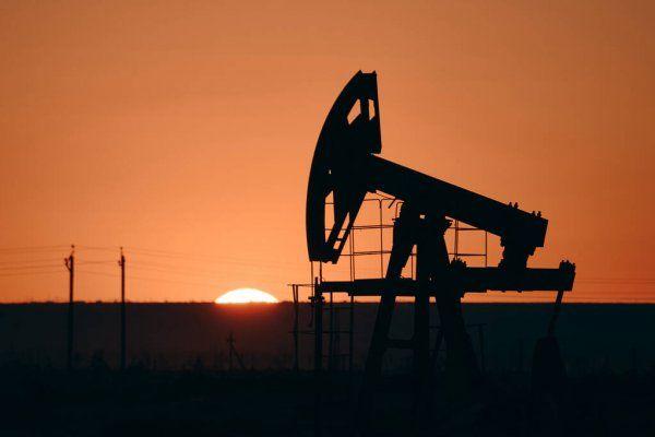 Цена нефти обновила более чем двухлетние максимумы в районе $72,25
