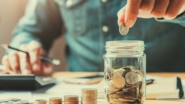 Эксперт назвал способы накопить деньги с маленькой зарплатой