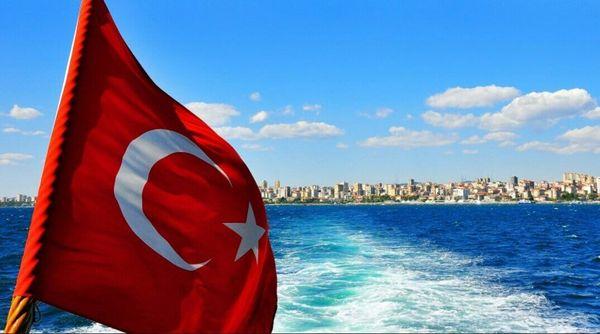 Провальный туристический сезон в Крыму стал спасением для авиасообщений с Турцией