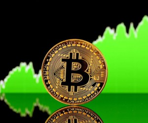 Эксперт: В отскок биткоина не стоит верить, на нем стоит зарабатывать