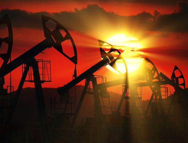 Курс нефти напряженно ждет развязки интриги внутри ОПЕК+