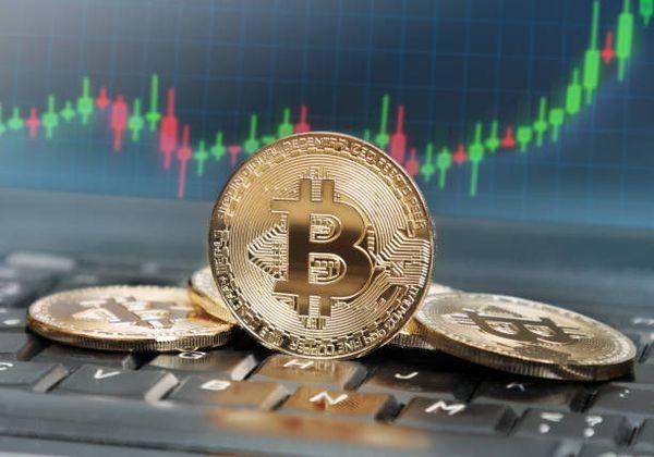 Курс Bitcoin: техническая картина не исключает ухода на более низкие уровни