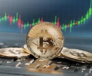 Курс Bitcoin: техническая картина не исключает ухода