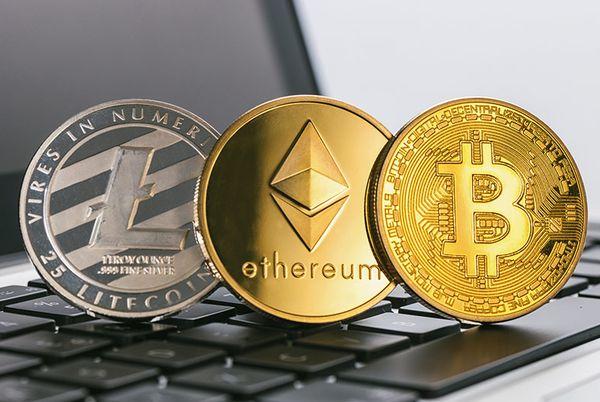 Эксперт рассказал, почему инвесторы забирают средства из фондов на криптовалюты