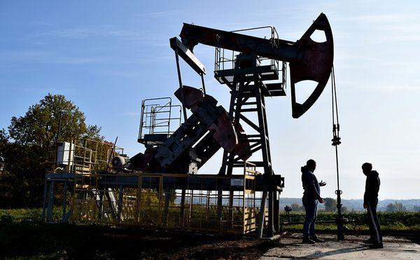 Курс нефти демонстрирует рост выше 71$, но напряжение осталось