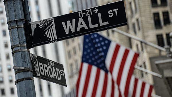 Фондовый рынок США рекордно обвалился в пределах 1%