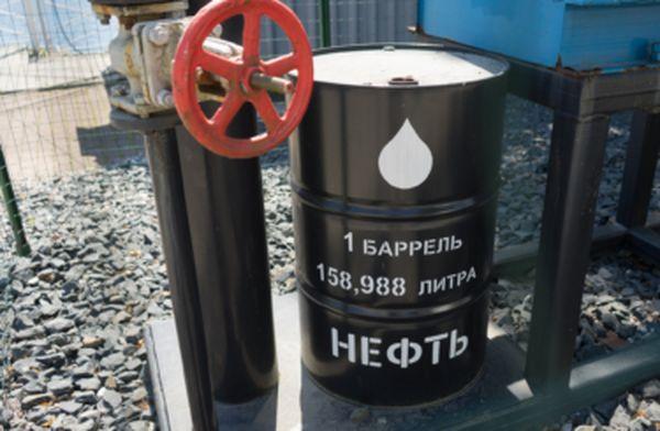 Курс нефти после четырех дней падения потерял более 3%