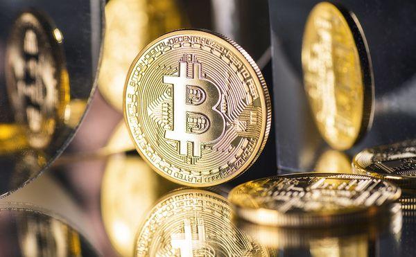 Курс биткоина разорвал рынок и достиг 50 000$ впервые с мая месяца