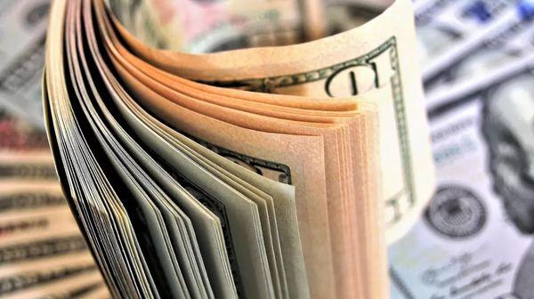 Курс доллара падает  впервые с 13 августа