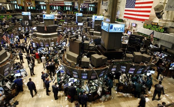 Фондовый рынок США устанавливает исторический рекорд за рекордом