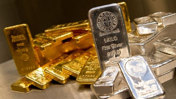 Золото и серебро значительно прибавили в росте по итогам недели
