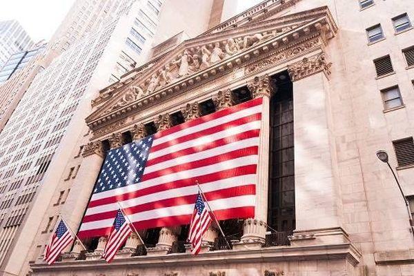 Фондовый рынок США взлетел до новых максимумов после речи Пауэлла