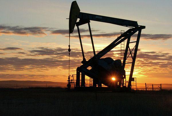 Нефть дешевеет после неудачной попытки прорыва отметки 72$
