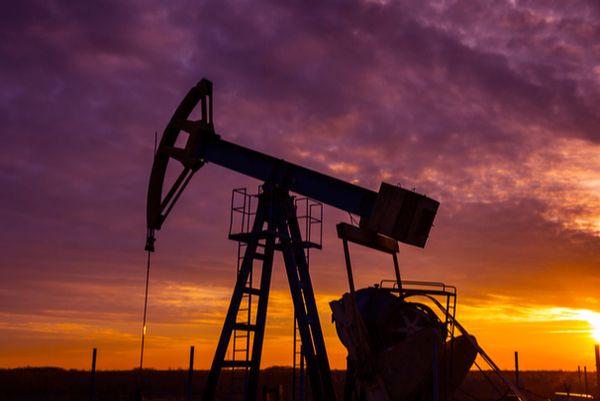 Нефть устойчиво удерживает отметку 75$