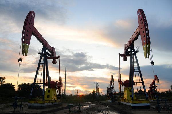 Курс нефти в центре внимания мировых фондовых рынков