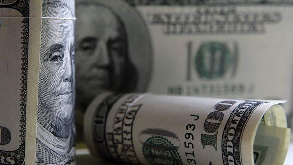 Доллар стремительно набирает вес на фоне дефицита энергоносителей в мире