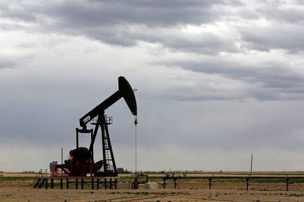 Курс нефти не смог устоять на отметке 78$ продолжая падение