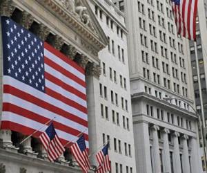 Фондовый рынок США остается в противоречивых настроениях