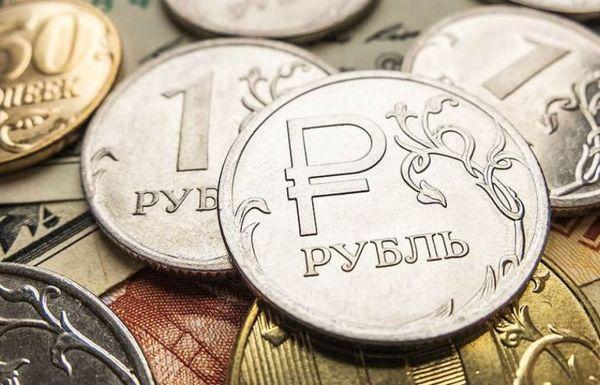 Рубль подпитывается взлетом цен на энергоносители