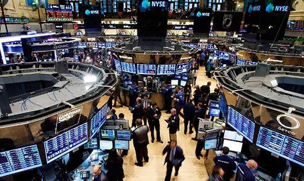 Фондовый рынок США  смог сломить однозначно-негативный настрой