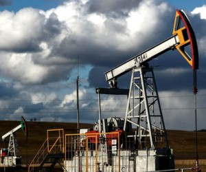 Курс нефти обновил трехлетние макимумы до отметки 83.5$