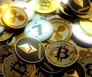 Рынок криптовалют падает несмотря на рост биткоина