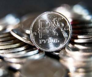 Курс рубля во вторник отметил новые максимумы